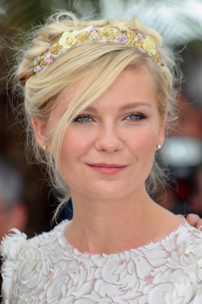 kirsten dunst braid crown