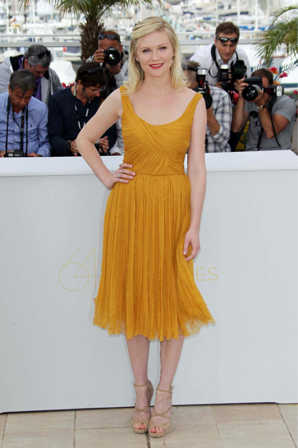 kirsten dunst yellow dress